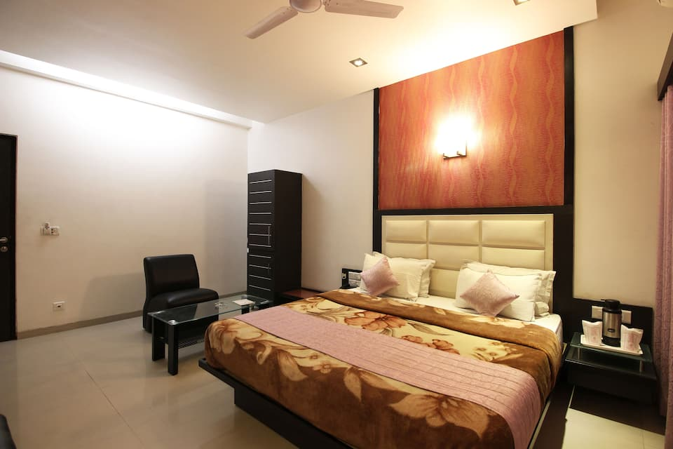 Hotel Royal Palace N Guest House, Sardar Patel Ring Road, Hotel Royal Palace N Guest House