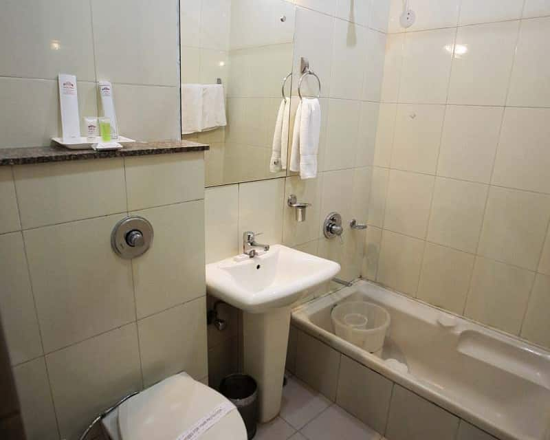 Hotel Sarovar Regency, Near Golden Temple, Hotel Sarovar Regency