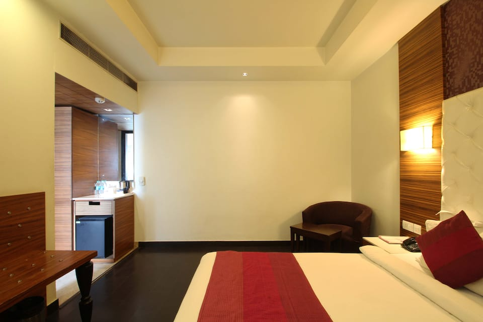 Hotel Ivory 32, South Delhi, Hotel Ivory 32