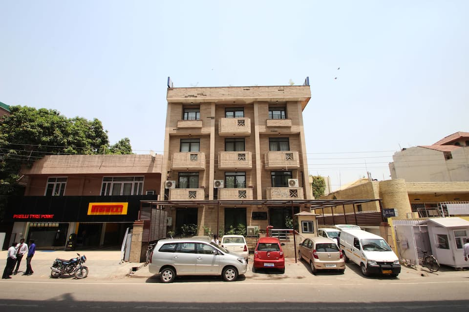 The Legend Inn, South Delhi, The Legend Inn