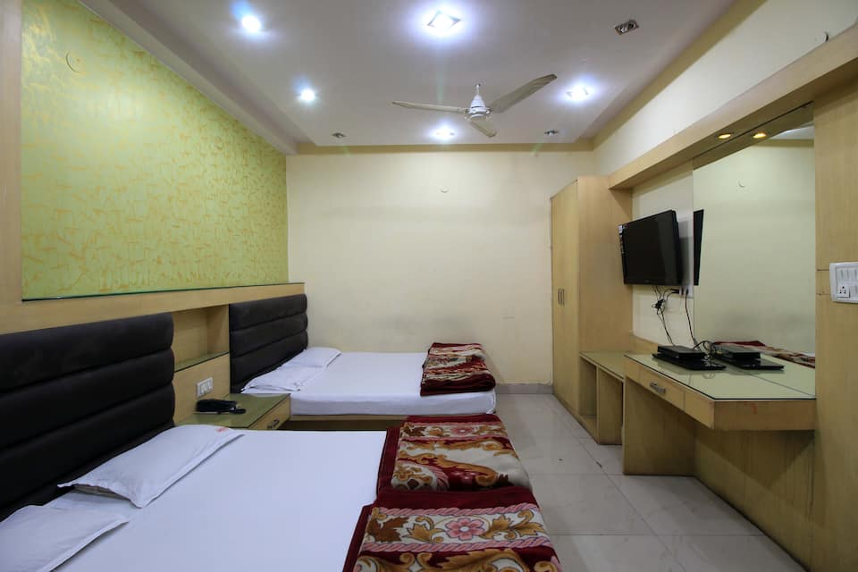 Hotel India Continental, Paharganj, Hotel India Continental