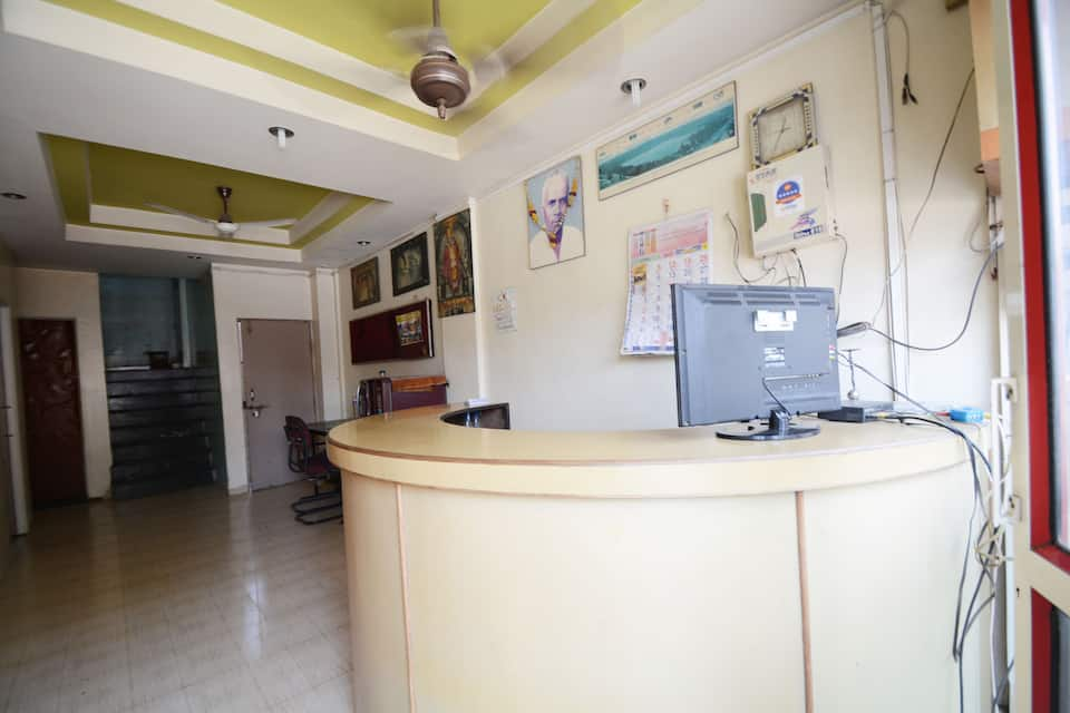 Hotel Pushpak Regency, Station Road, Hotel Pushpak Regency