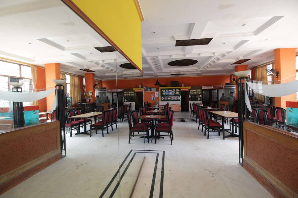 Hotel Vyshak International, Devaraja Mohalla, Hotel Vyshak International