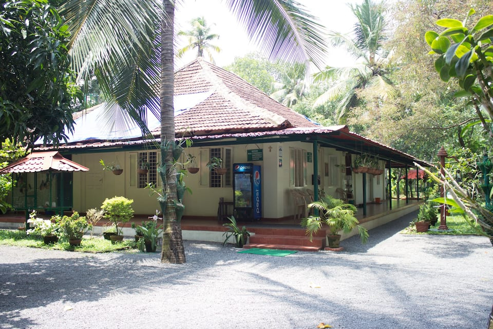 Palm Grove Service Villa, Edapally, Palm Grove Service Villa