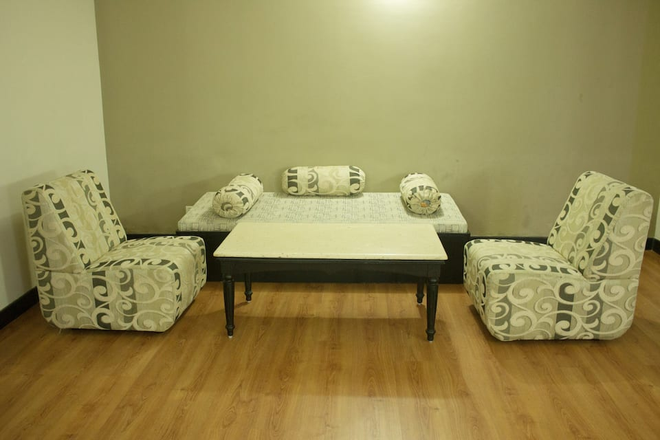 Harbour View Residency, M G Road, Harbour View Residency