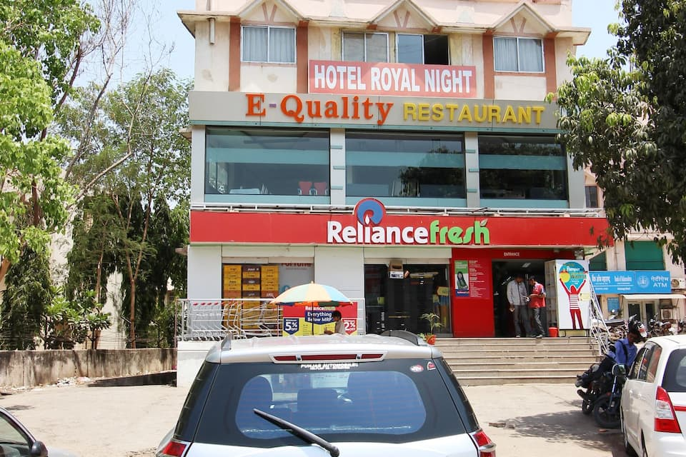 Hotel Royal Night, Ashram Road, Hotel Royal Night