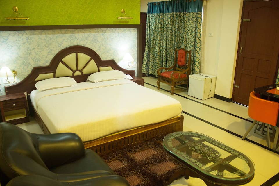 Excellency Tourist Home, Nettipadam Road, Excellency Tourist Home