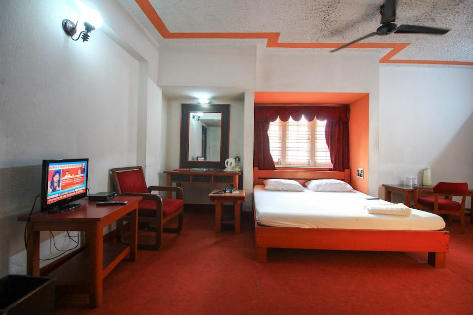Host International Hotel, Teghoria, Host International Hotel