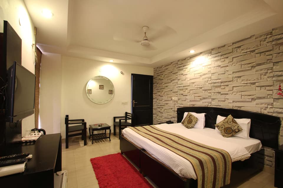 Hotel Atithi, South Delhi, Hotel Atithi