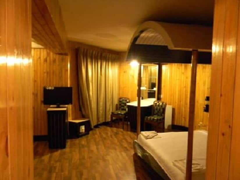 Hotel Pleasant Stay-La Flora, Bilss Villa Road, Hotel Pleasant Stay