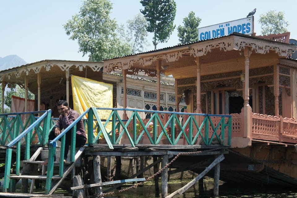 Golden Hopes Houseboat, Dal Lake, Golden Hopes Houseboat