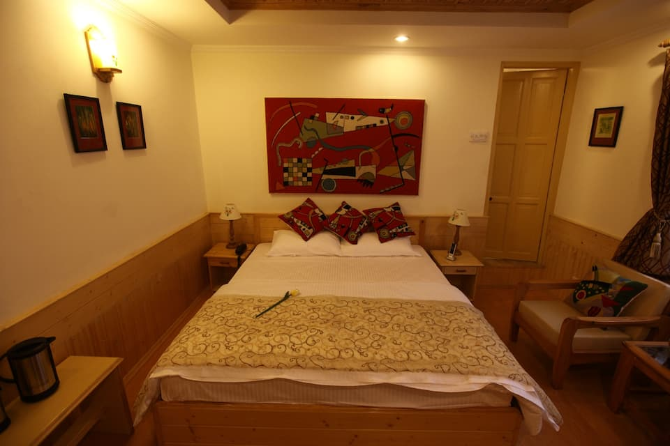 Dove Cottage, Raj Bagh, Dove Cottage