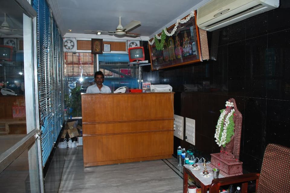 Sri Sai Residency (Next to Govindaraju Temple), G N Mada Street, Sri Sai Residency (Next to Govindaraju Temple)