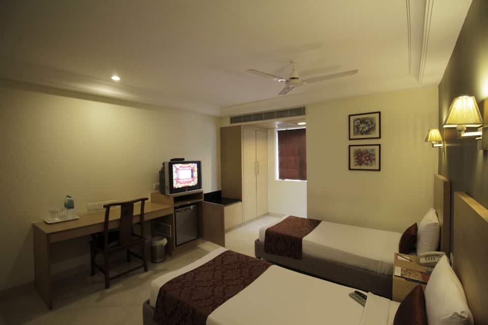 The Lotus Service Apartment - Burkit Road, T. Nagar, The Lotus Apartment Hotels - Burkit Road