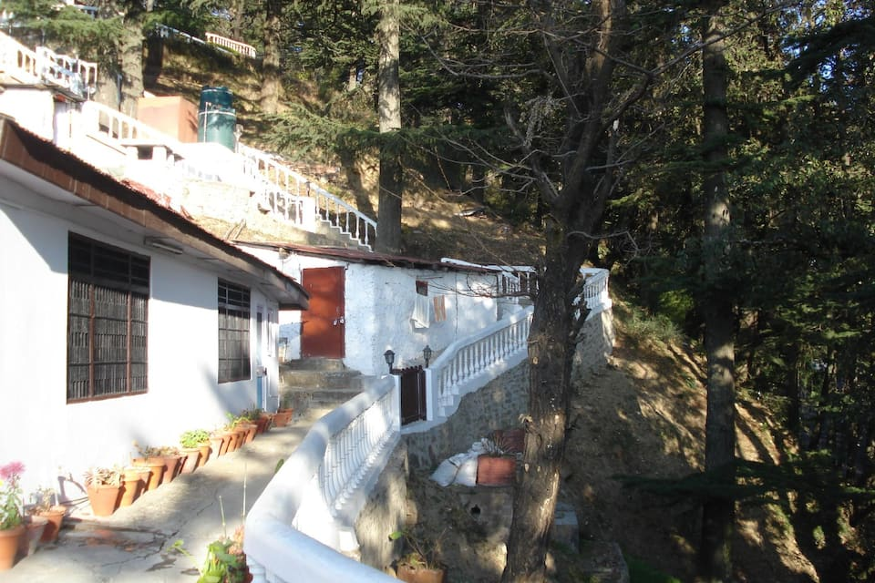 Hira Mount Retreat, Chotta Shimla, Hira Mount Retreat