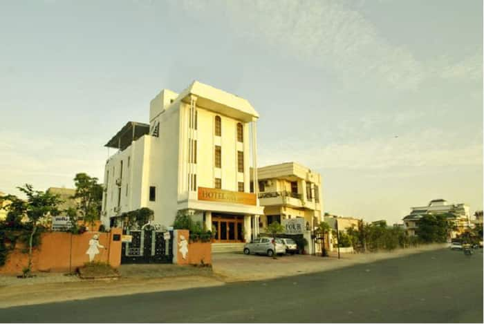 Four Luxury Boutique Hotel, Shyamnagar, Four Luxury Boutique Hotel