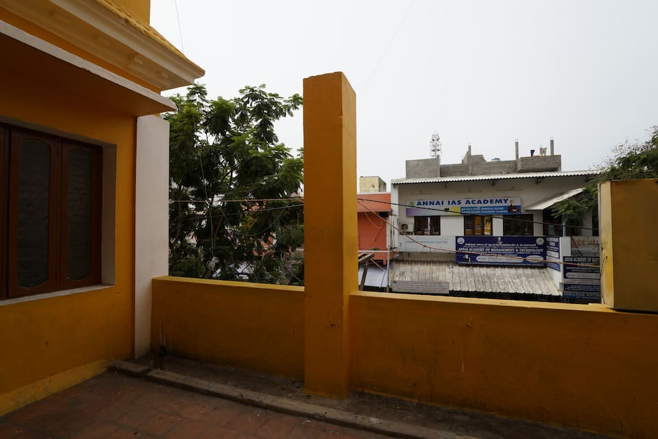 Raj Lodge, Rangapillai Street, Raj Lodge