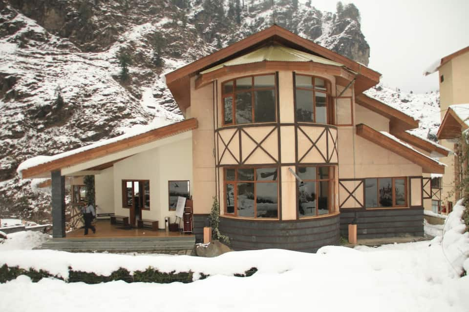 The Solang Valley Camp Retreat, Malchan, The Solang Valley Camp Retreat