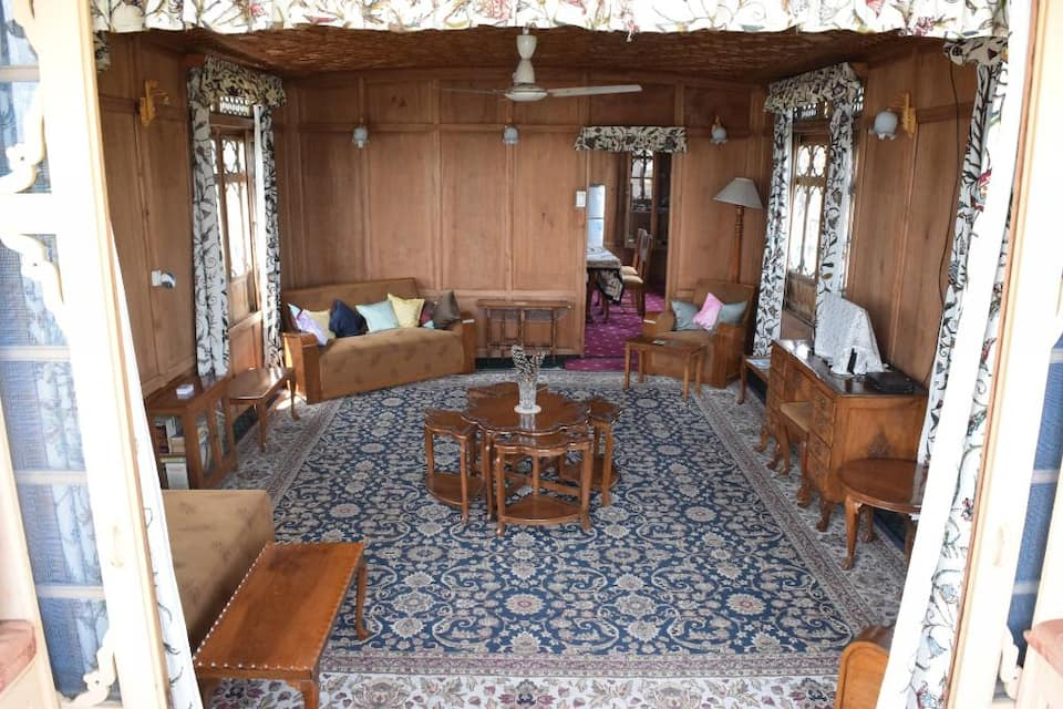 Wangnoo Palace Houseboat, Nagin Lake, Wangnoo Palace Houseboat