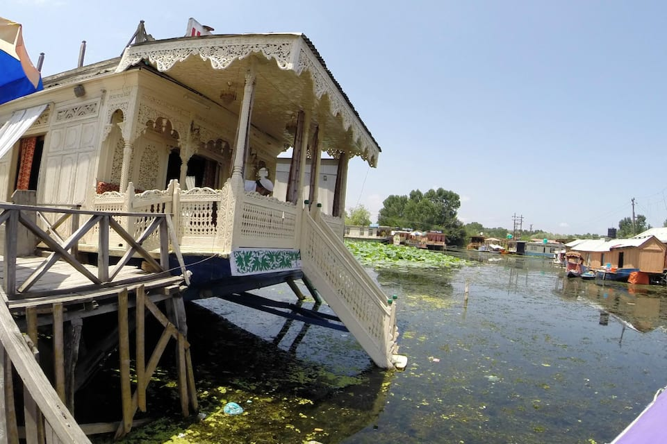 Dar Palace Houseboat, Dal Lake, Dar Palace Houseboat