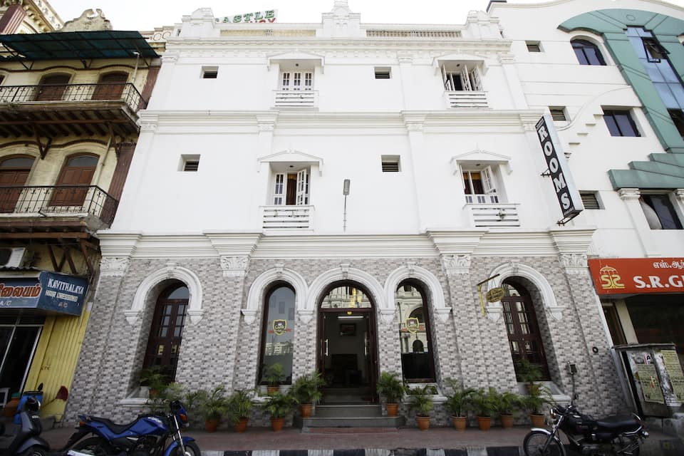 Castle Residency, Central Railway Station, Castle Residency