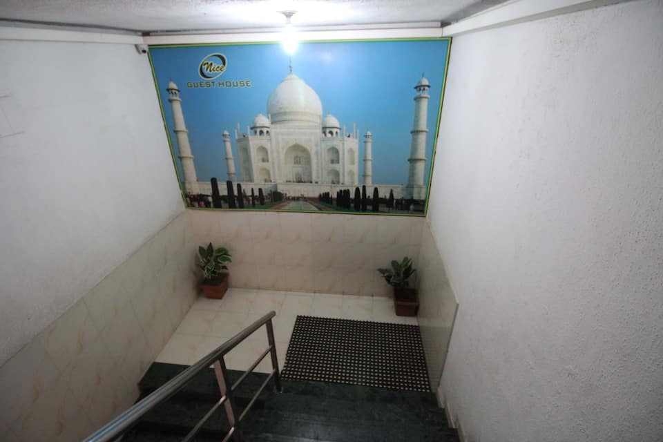 Nice Guest House, Goregaon, Nice Guest House
