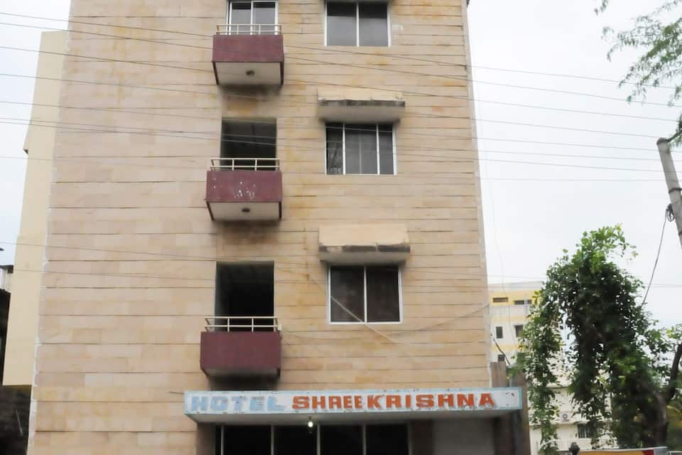 Shree Krishna Hotel, Old Tiruchanoor Road, Hotel New Aiswarya