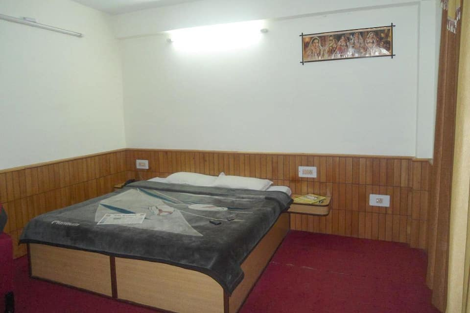 Hotel New Adarsh, Mall Road, Hotel New Adarsh