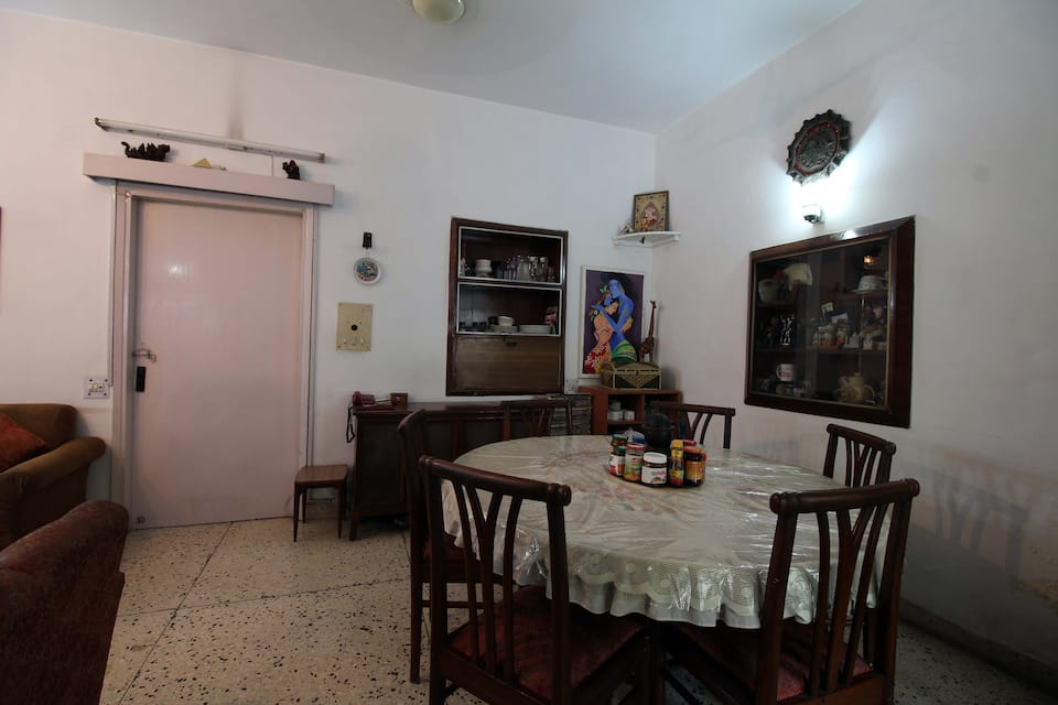 BnB New Delhi Home Stay, New Friends Colony, BnB New Delhi Home Stay
