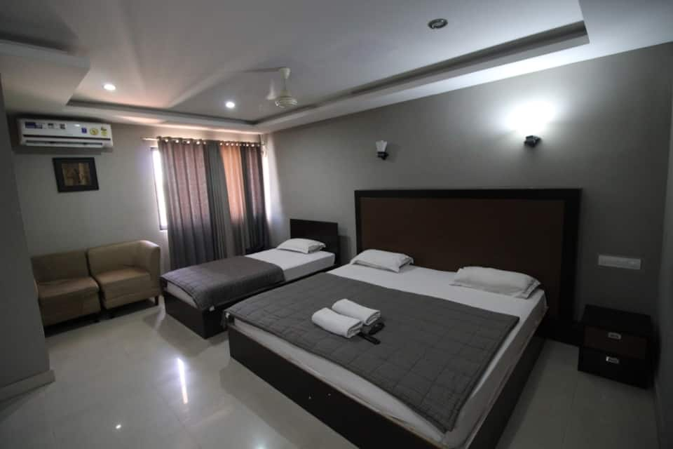 Sky Wood Inn & Suites, Hosur Road, Sky Wood Inn  Suites