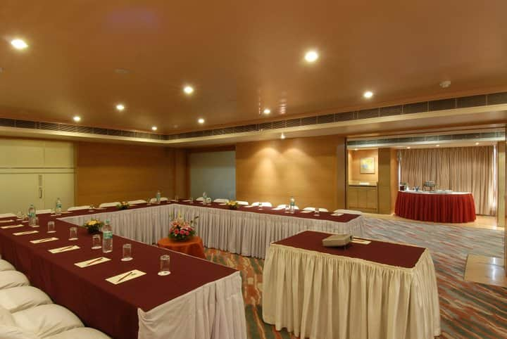 Quality Hotel The Regency, Dhole Patil Road, Quality Hotel The Regency