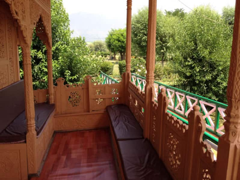 Majestic Houseboat, Nagin Lake, Majestic Houseboat