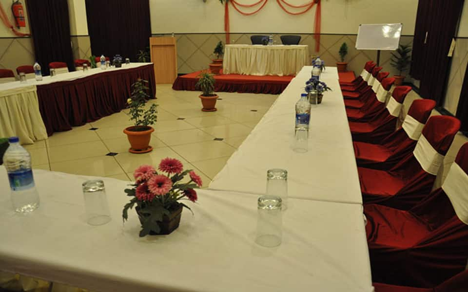 Hotel Mansarovar (Luxury Business Hotel), Koradi, Hotel Mansarovar (Luxury Business Hotel)