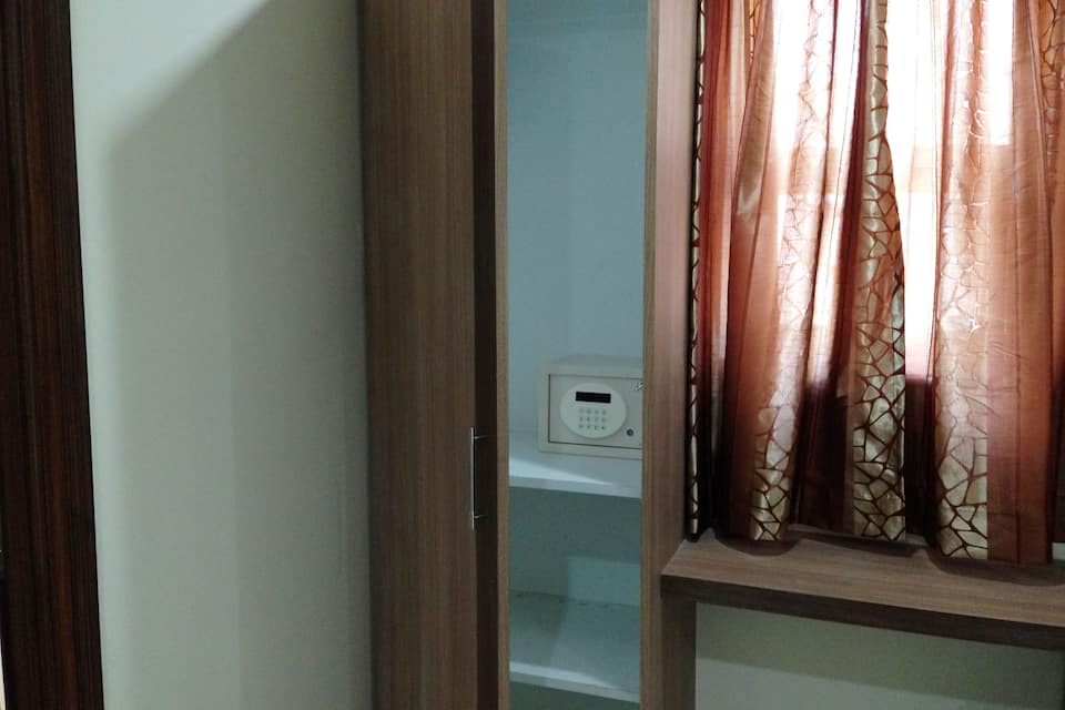 KSR Nest Luxury Rooms, Gachi Bowli, KSR Nest Luxury Rooms