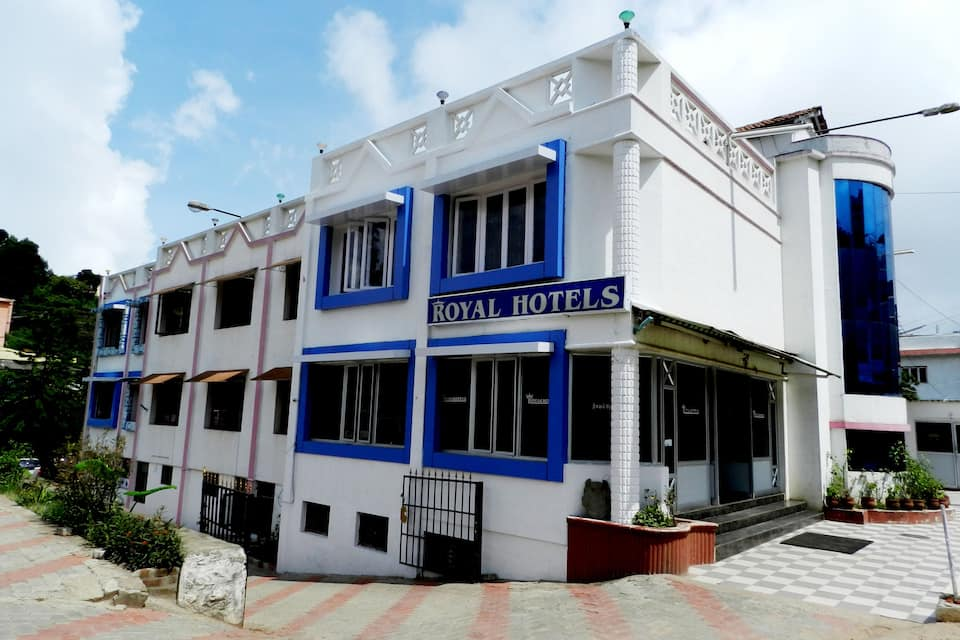 Royal Hotel, none, Royal Hotel