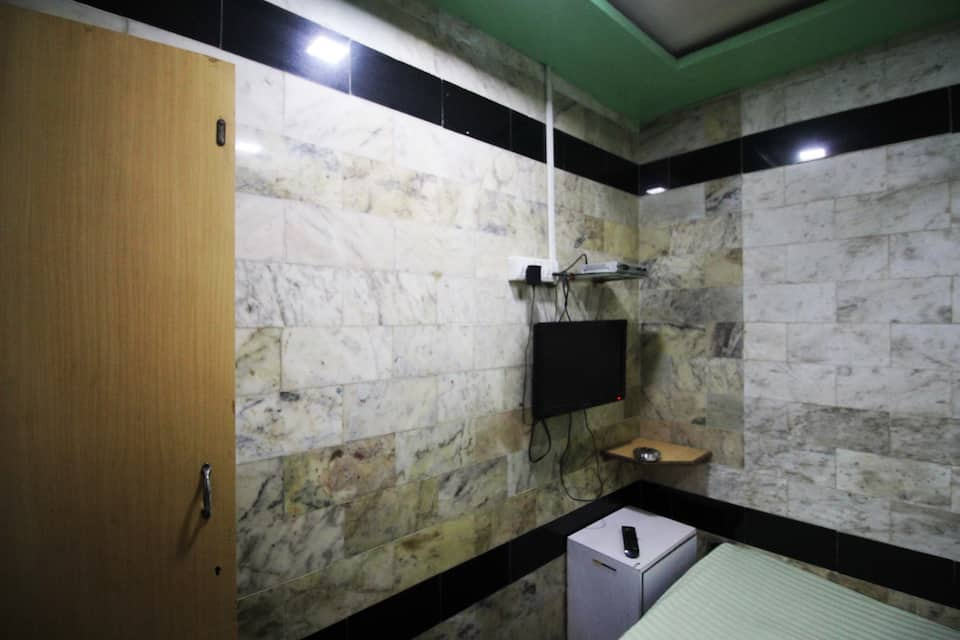 Zahara Guest House, Dadar (East), TG Stays Dadar (East)