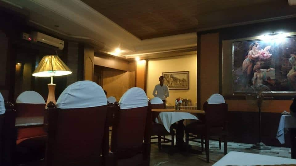 Pallavi International Hotel, Chetgunj, Pallavi International Hotel