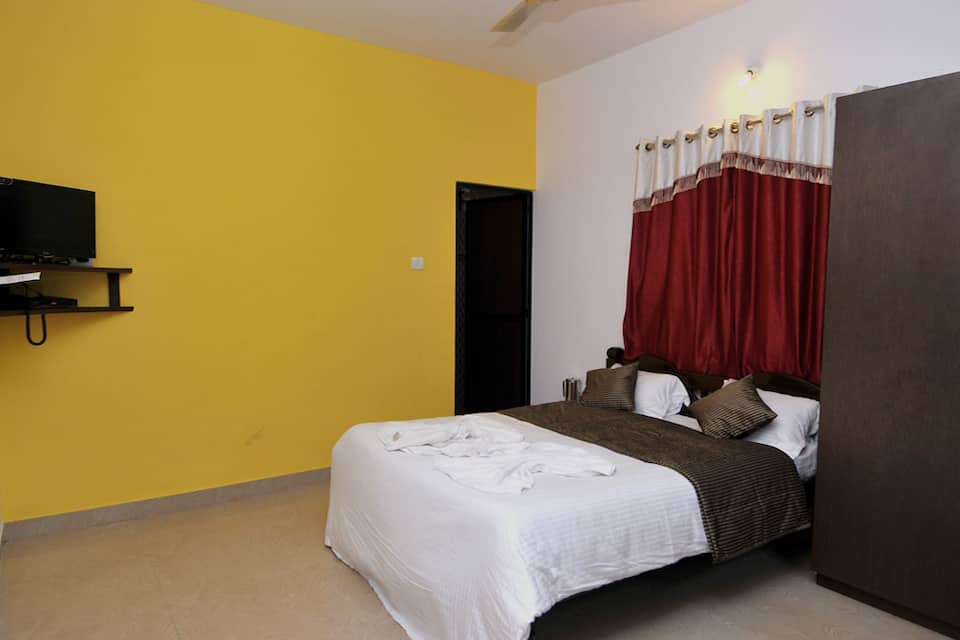 Sunrise Beach Resort, Calangute, Sunrise Beach Resort