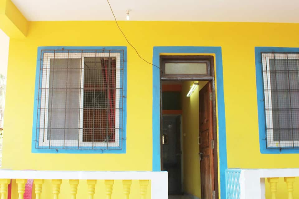 Alina Guest House, Calangute, TG Stays St. Khures Church