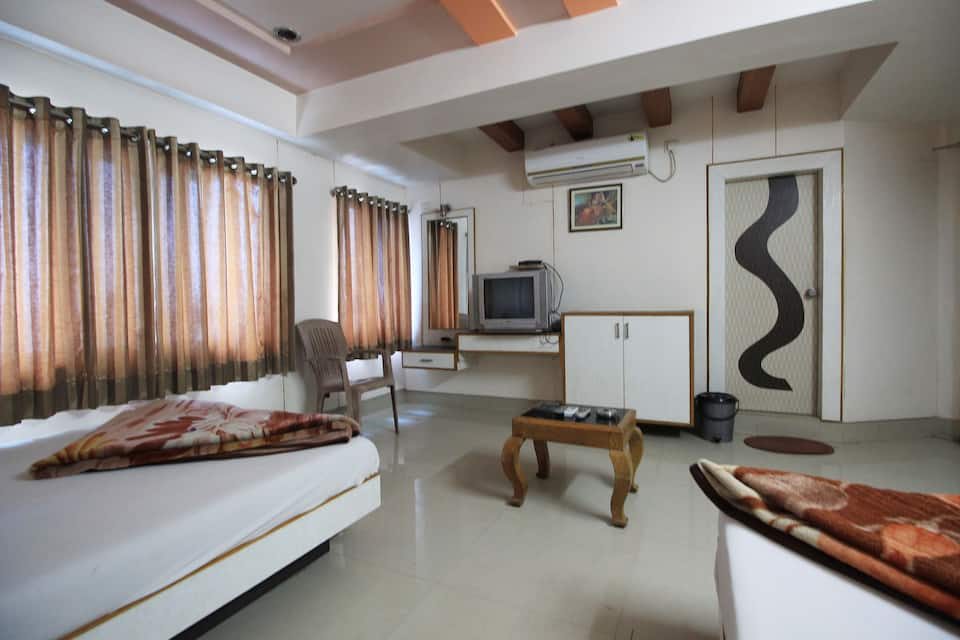 Hotel Angan Residency, off S.G. Road, Hotel Angan Residency