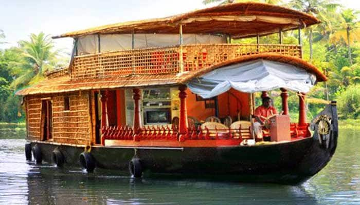 River and Country Deluxe Houseboat, Alleppey Boat Jetty, River and Country Deluxe Houseboat