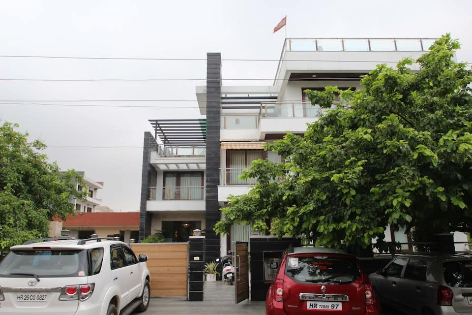 North East Residency, Golf Course Road, North East Residency