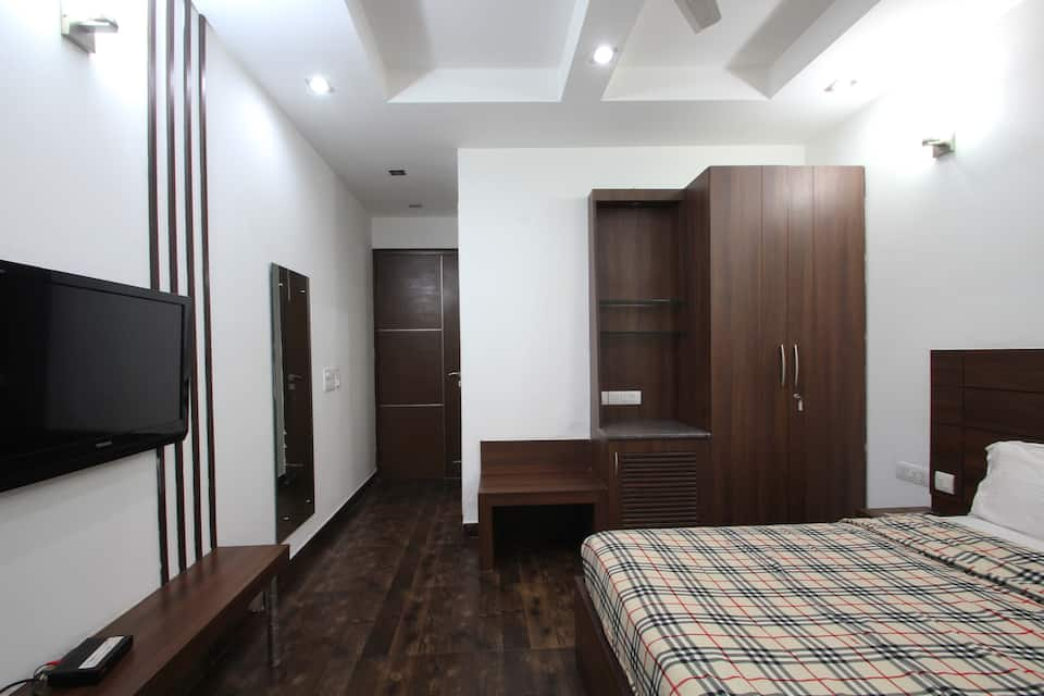 Royal Residency, DLF Phase II, Royal Residency DLF Phase II