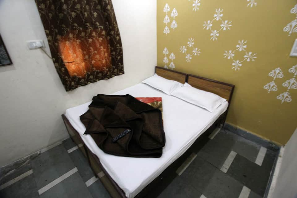 Yes Sir Guest House, Paharganj, Yes Sir Guest House