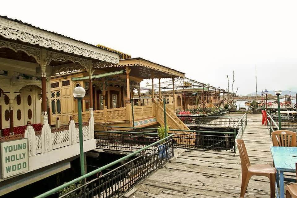 Hollywood Group Of Houseboats, Golden Dal Lake, Hollywood Group Of Houseboats
