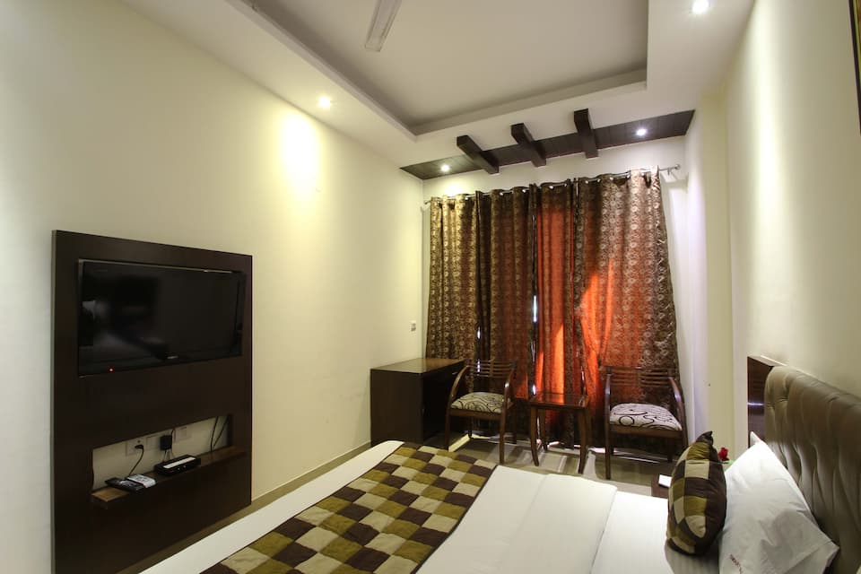 Hotel Smart Inn, DLF Phase II, Hotel Smart Inn