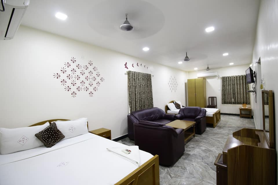 Hotel Rathnavel Towers, Pallavaram, Hotel Rathnavel Towers