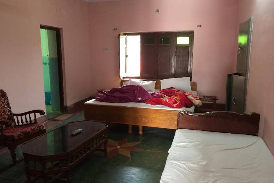 Chandra Niwas Guest House, , TG Stays Rangmanch Road