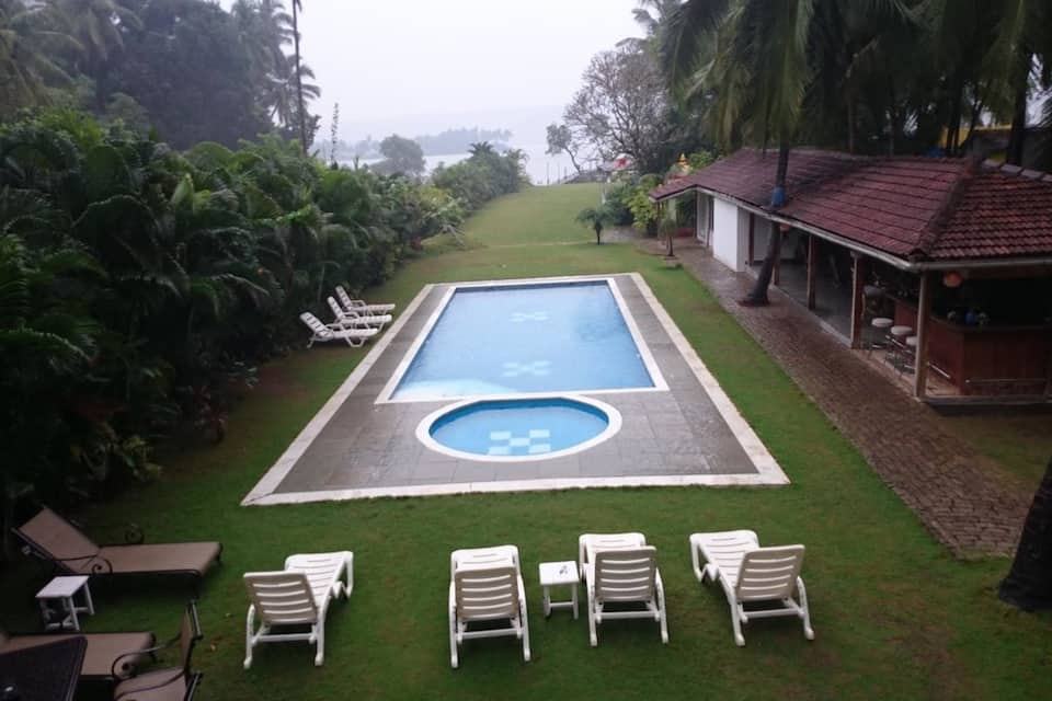 Safira River Front Resort, Morjim, Safira River Front Resort