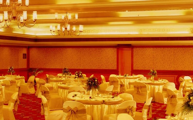 The Avenue Center Hotel, Panampilly Nagar, The Center Hotel